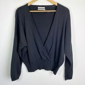 UO Cross Front V-Neck Sweater Black Size XS